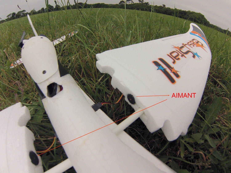 Clefs d'aile avec aimants. Optimiser son EasyStar2 / Multiplex. Crédit photo : Bruno.H