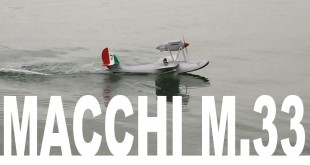 Hydravion RC réplique d'un Macchi 33 de la Coupe Schneider.