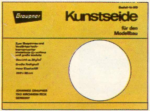 L'entoilage Graupner Kunstseide 30 gr/m2 conseillé à l'époque.