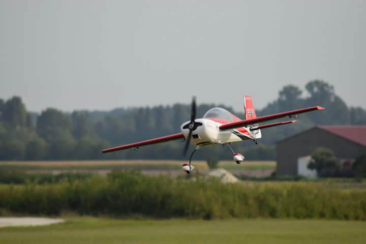 extra 300 voltige 3d