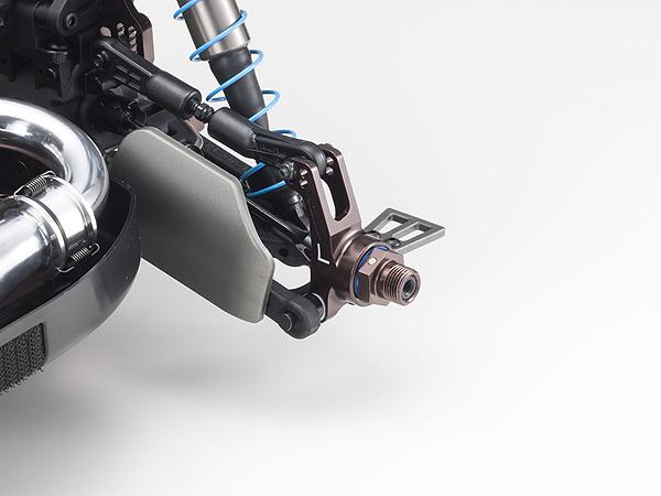 DŽtail des Žcrous hexagonaux anodisŽs gun-metal Kyosho Inferno MP9 TKI4