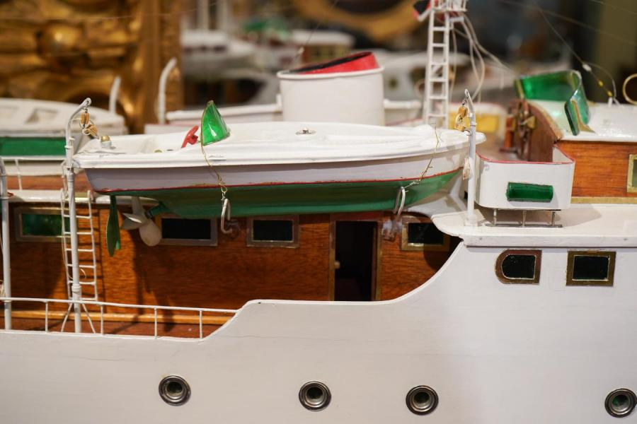 bateau télécommandé